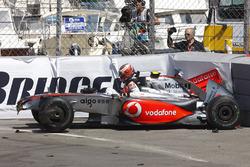 Heikki Kovalainen, McLaren MP4-24 crash