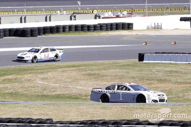 Jamie Mcmurray Chip Ganassi Racing Chevrolet Kurt Busch