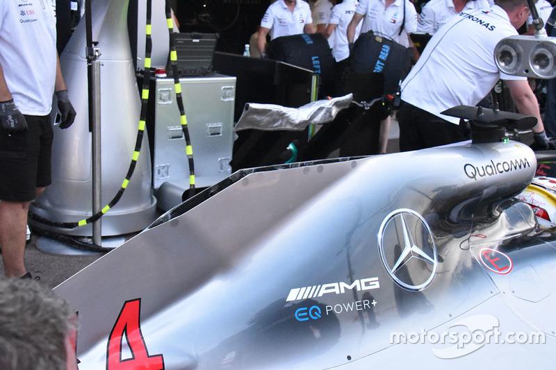 Капот двигателя Mercedes F1 W09