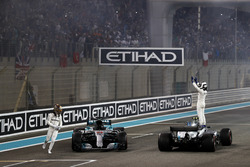 Valtteri Bottas, Mercedes AMG F1 W08 and Lewis Hamilton, Mercedes AMG F1 W08, celebrate after the race