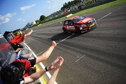 Adam Morgan, Ciceley Motorsport Mercedes-Benz A-Class takes the checkered flag