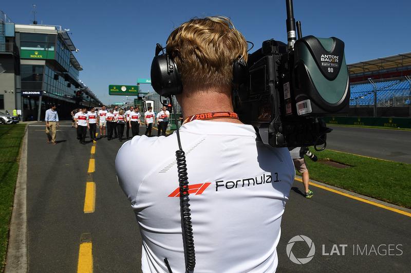 Cameraman FOM