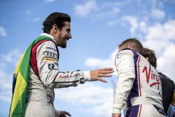 Podio: segundo lugar Lucas di Grassi, Audi Sport ABT Schaeffler, y tercer lugar Sam Bird, DS Virgin