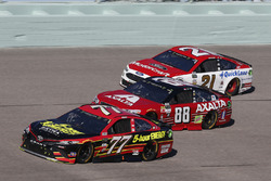 Erik Jones, Furniture Row Racing Toyota, Dale Earnhardt Jr., Hendrick Motorsports Chevrolet, Ryan Blaney, Wood Brothers Racing Ford