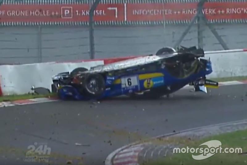 Der Unfall von Nico Bastian auf der Nordschleife