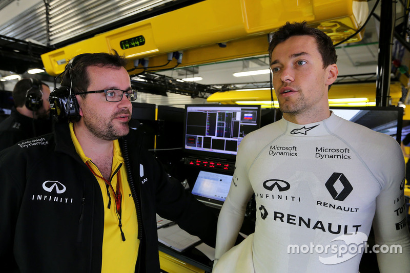 Jolyon Palmer, Renault Sport F1 Team with Julien Simon-Chautemps