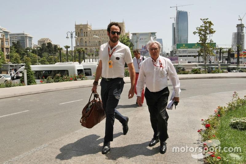 Bernie Ecclestone, with Matteo Bonciani, FIA Media Delegate