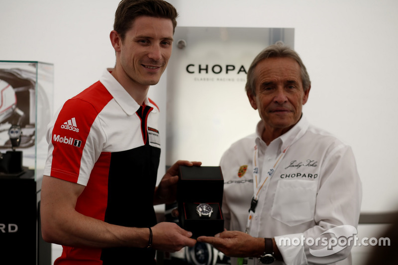 #91 Porsche Motorsport Porsche 911 RSR: Кевін Естр і Жакі Ікс