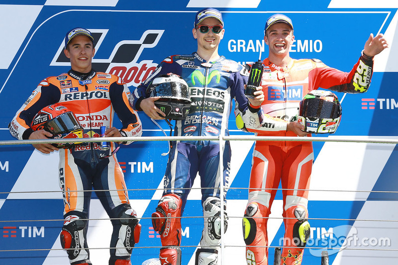 Podium: race winner Jorge Lorenzo, Yamaha Factory Racing, second place Marc Marquez, Repsol Honda Team, third place Andrea Iannone, Ducati Team