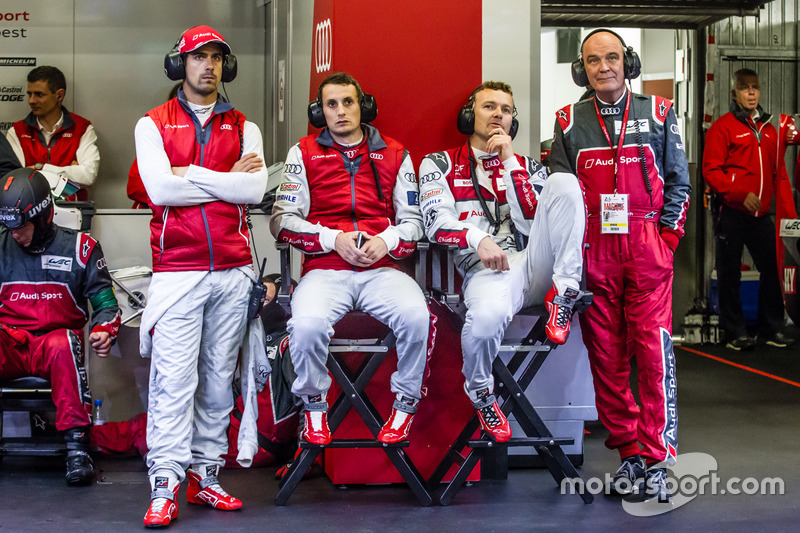 Audi Sport Team Joest Audi R18: Lucas di Grassi, Oliver Jarvis, Marcel Fassler ve Dr. Wolfgang Ullrich