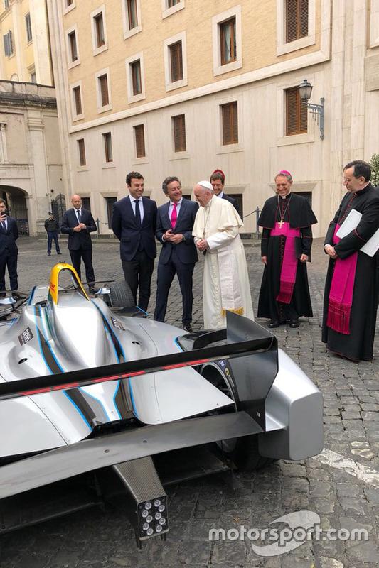 El Papa y Agag durante la audiencia papal