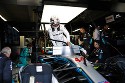 Lewis Hamilton, Mercedes AMG F1 W09, climbs into his car in the garage