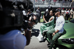 Lewis Hamilton, Mercedes AMG F1 ve Russell Wilson