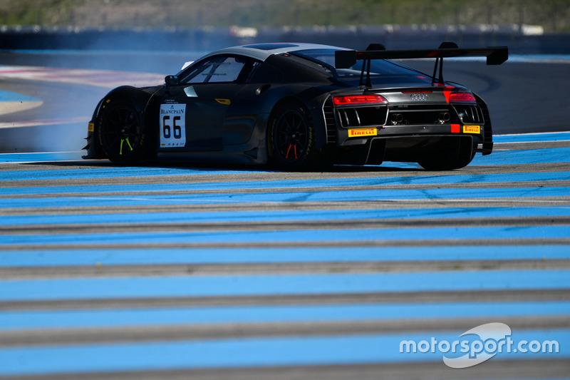 #66 Attempto Racing, Audi R8 LMS: Pieter Schothorst, Steijn Schothorst, Nicolas Pohler spins