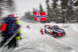 Тьерри Невилль, Николя Жильсуль, Hyundai i20 WRC, Hyundai Motorsport