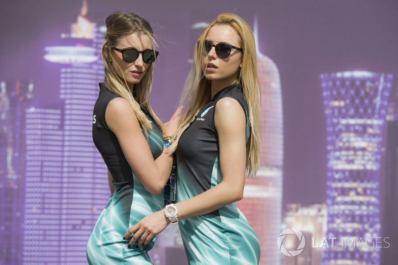 Формула 1 Грид-герлз месяца: самые красивые девушки марта