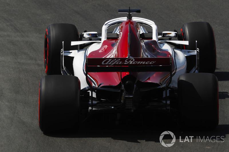 17: Marcus Ericsson, Sauber C37, 1'19.493