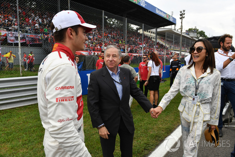 Charles Leclerc, Alfa Romeo Sauber F1 Team on the grid with Jean Todt (FRA) FIA President and wife Michelle Yeoh (MAL)