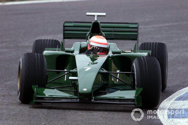 Jaguar – 2000 год