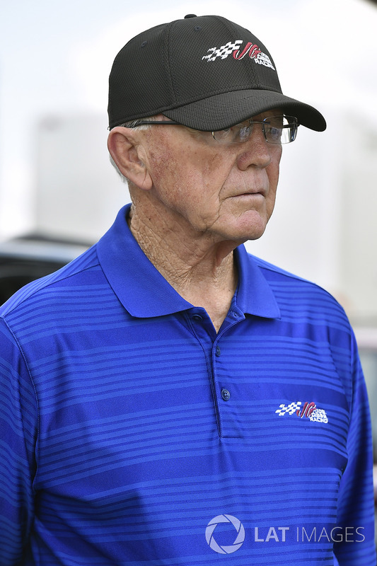 Coach Joe Gibbs