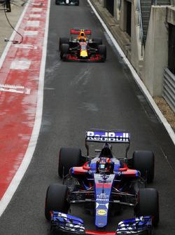 Данііл Квят, Scuderia Toro Rosso STR12, Макс Ферстаппен, Red Bull Racing RB13, Валттері Боттас, Mercedes AMG F1 W08