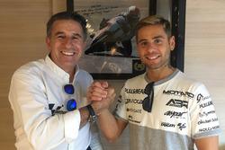 Гонщик Aspar Racing Team Альваро Баутиста и руководитель команды Хорхе Мартинес