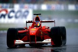 Подіум: Рубенс Баррікелло, Ferrari F1 2000, Міка Хаккінен, Mclaren MP4-1