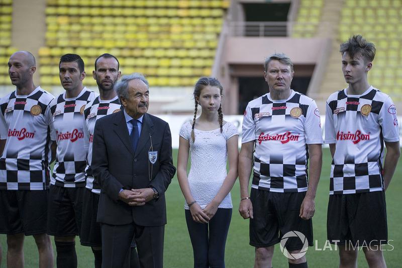 Марио ди Натале, президент Nazionale Piloti, Мика и Хьюго Хаккинены