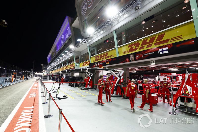 Garajes de Sebastian Vettel, Ferrari y Kimi Raikkonen, Ferrari