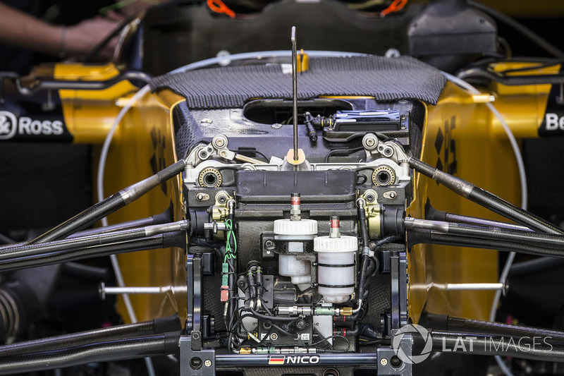 Renault Sport F1 Team RS17 front suspension and chassis detail