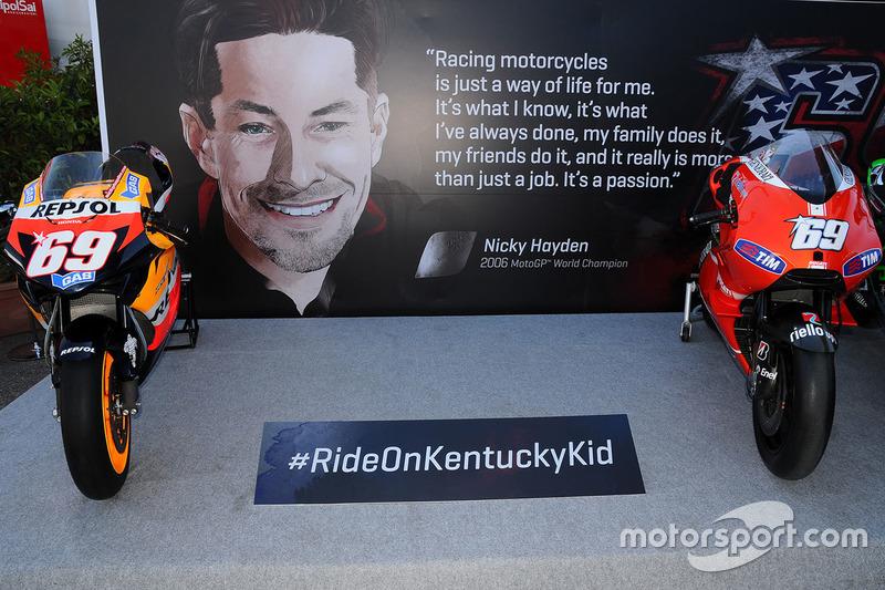 Nicky Hayden'a saygı köşesi ve yarıştığı tüm motosikletler