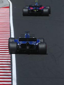 Карлос Сайнс-мл., Scuderia Toro Rosso STR12,  Маркус Эрикссон, Sauber C36