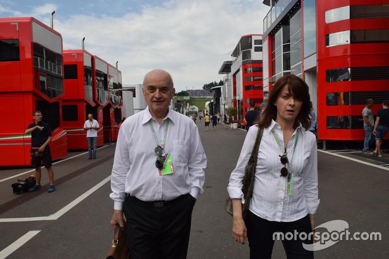 Зоран Стефанович, голова Stefan F1 Team, у паддоку Гран Прі Австрії