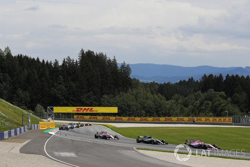 Серхіо Перес, Sahara Force India F1 VJM10, Льюіс Хемілтон, Mercedes AMG F1 W08, Естебан Окон, Sahara Force India F1 VJM10