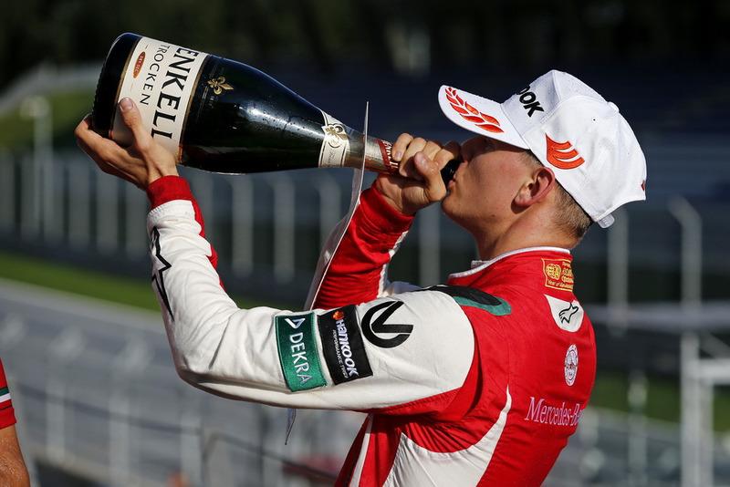 Podio: Mick Schumacher, PREMA Theodore Racing Dallara F317 - Mercedes-Benz