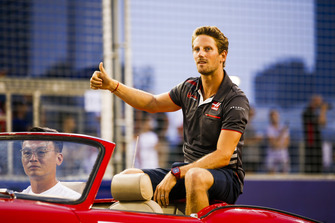 Romain Grosjean, Haas F1 Team,en el desfile de pilotos