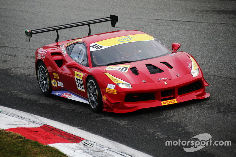 Ferrari 488 #330, Ferari of Tampa Bay: Luis Perusquia