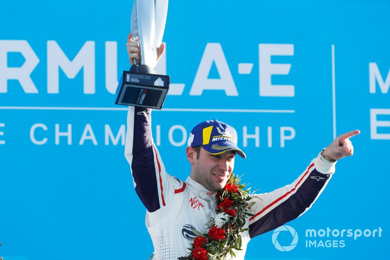 Robin Frijns, Envision Virgin Racing, 2nd position, with his trophy