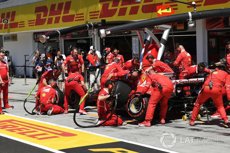 Кімі Райкконен, Ferrari SF70-H, піт-стоп