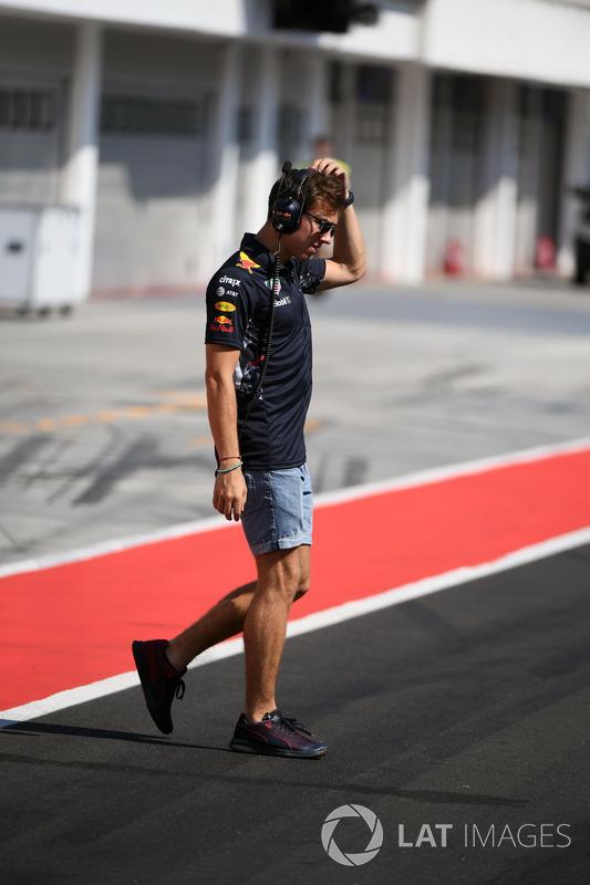 Pierre Gasly, Red Bull Racing piloto de reserva