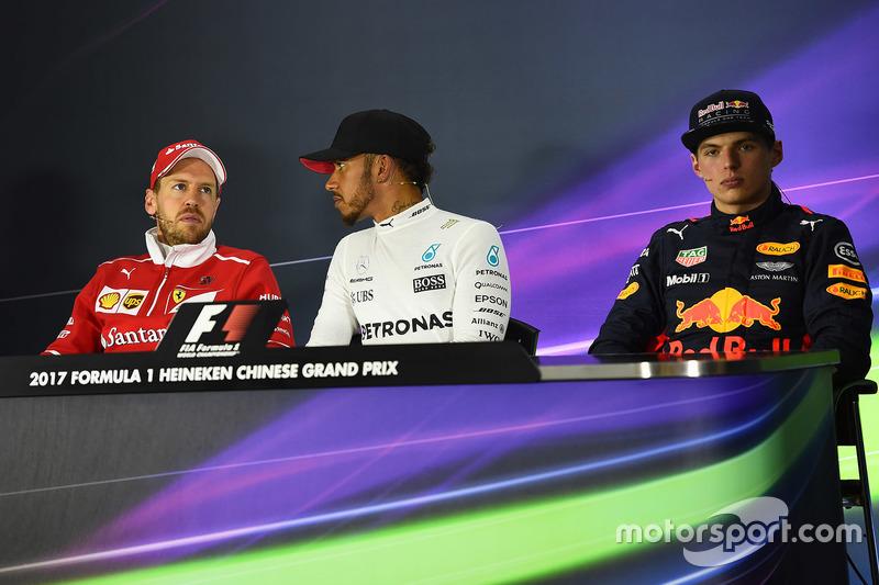 Pressekonferenz: 1. Lewis Hamilton, Mercedes AMG; 2. Sebastian Vettel, Ferrari; 3. Max Verstappen, Red Bull Racing