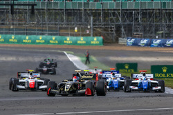 Start: Pietro Fittipaldi, Lotus leads
