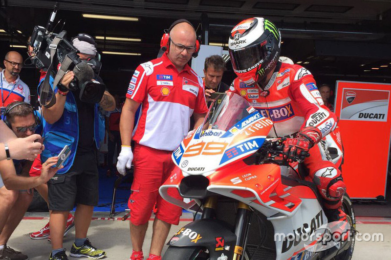 Jorge Lorenzo, Ducati Team, yeni grenaj