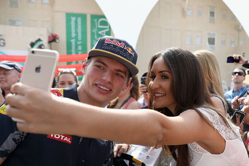 Max Verstappen, Red Bull Racing con fans