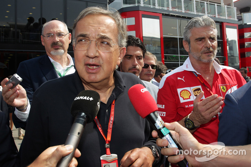 (L to R): Sergio Marchionne, Ferrari President and CEO of Fiat Chrysler Automobiles with Maurizio Arrivabene, Ferrari Team Principal