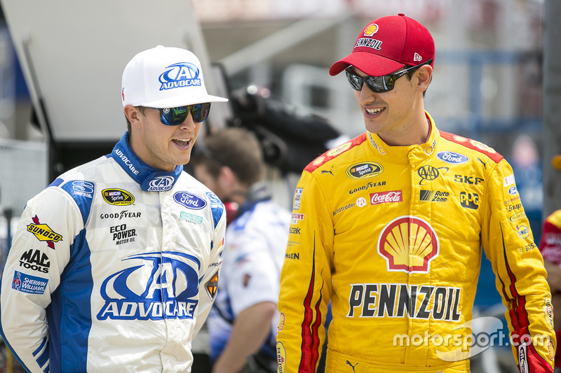 Trevor Bayne, Roush Fenway Racing Ford, Joey Logano, Team Penske Ford