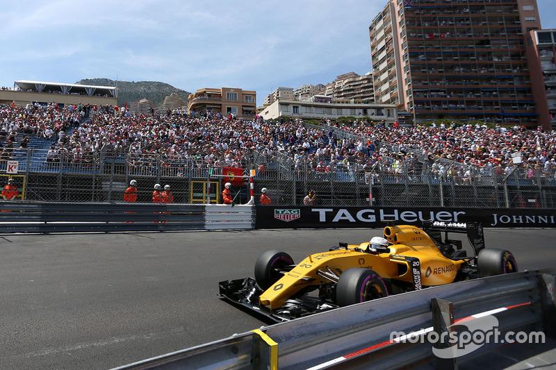 Kevin Magnussen, Renault