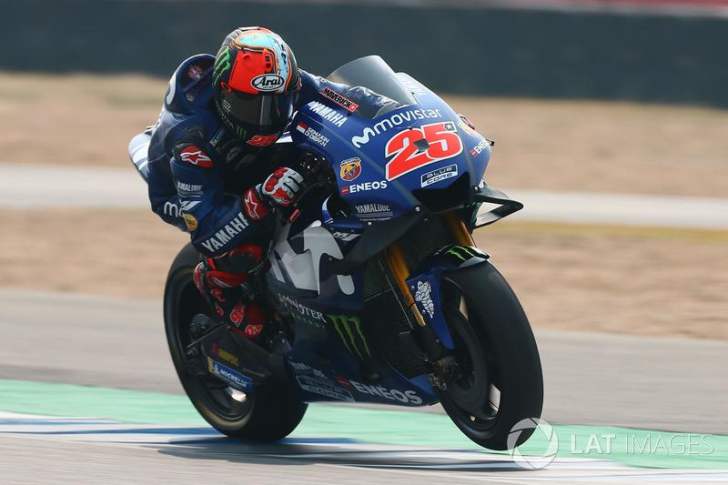 "<img src=""http://cdn-1.motorsport.com/static/custom/car-thumbs/MOTOGP_2018/NUMBERS/vinales.png"" width=""50"" />Maverick Viñales (Movistar Yamaha)"