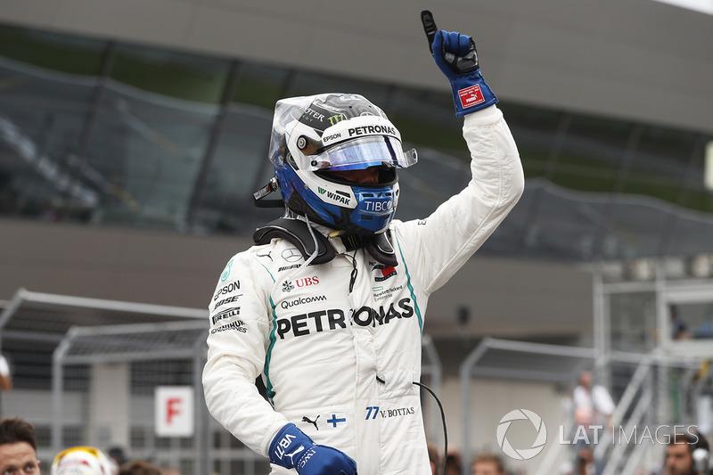 Il poleman Valtteri Bottas, Mercedes AMG F1