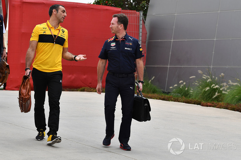 Cyril Abiteboul, Renault Sport F1 Managing Director and Christian Horner, Red Bull Racing Team Principal